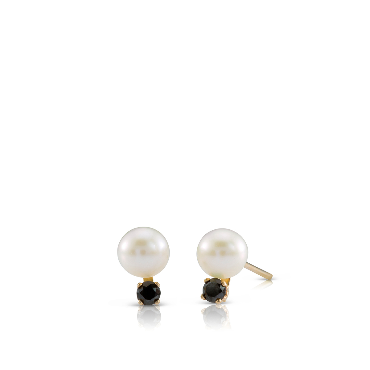 Stud black diamond and pearls earrings