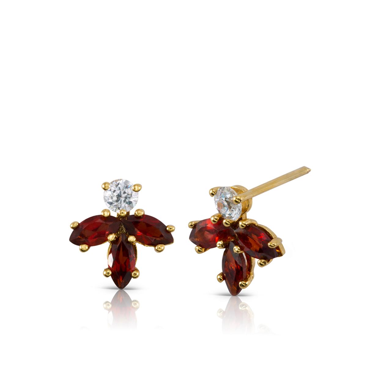 Gold Garnets and Diamonds stud earrings