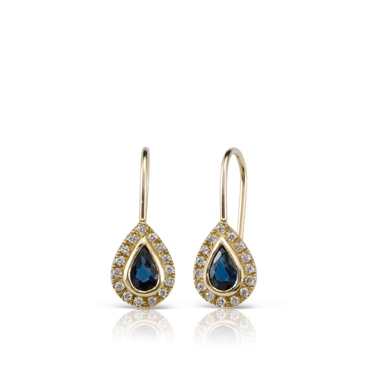 Dungle sapphire and diamonds earrings