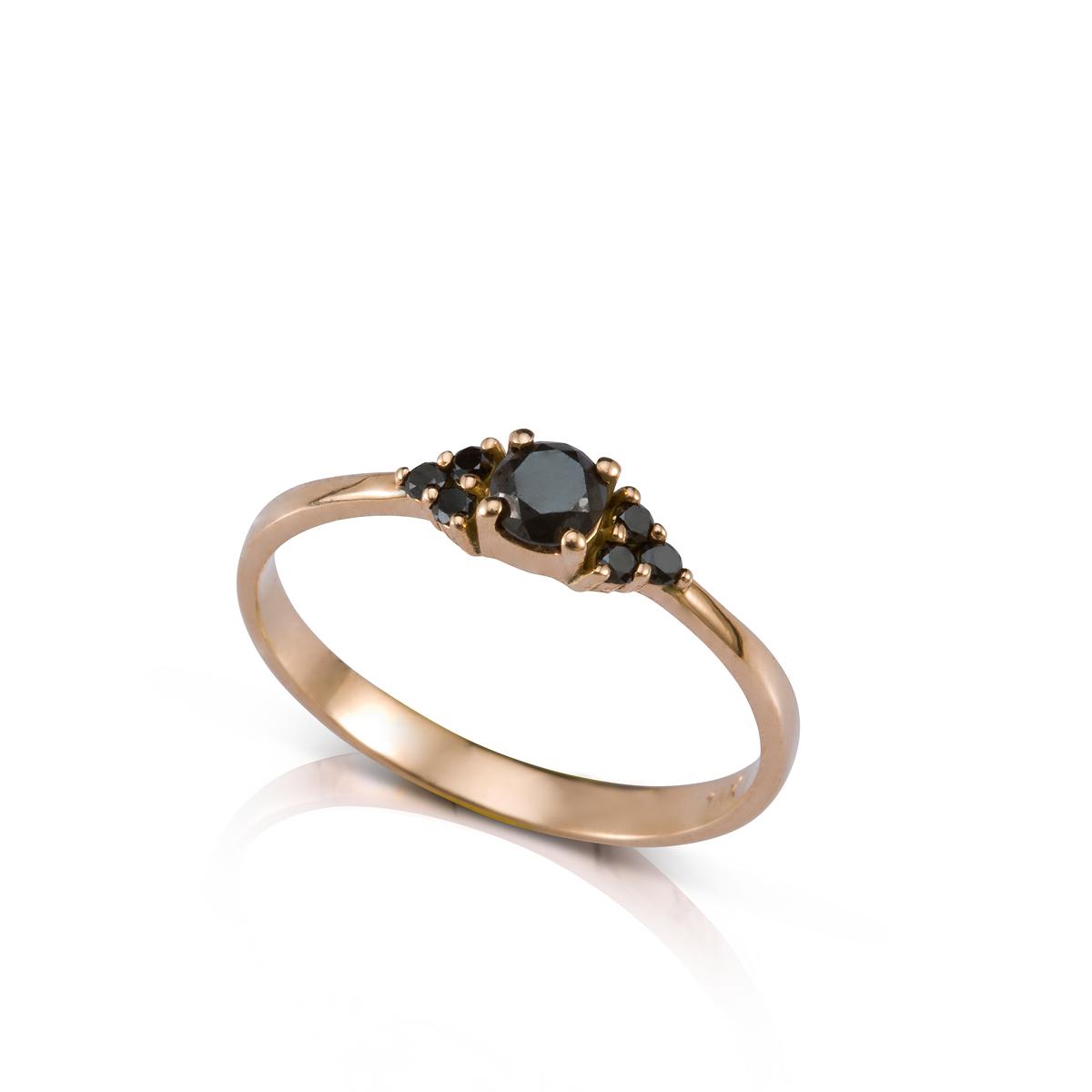 25 pts center black diamond and 6 side black diamonds ring