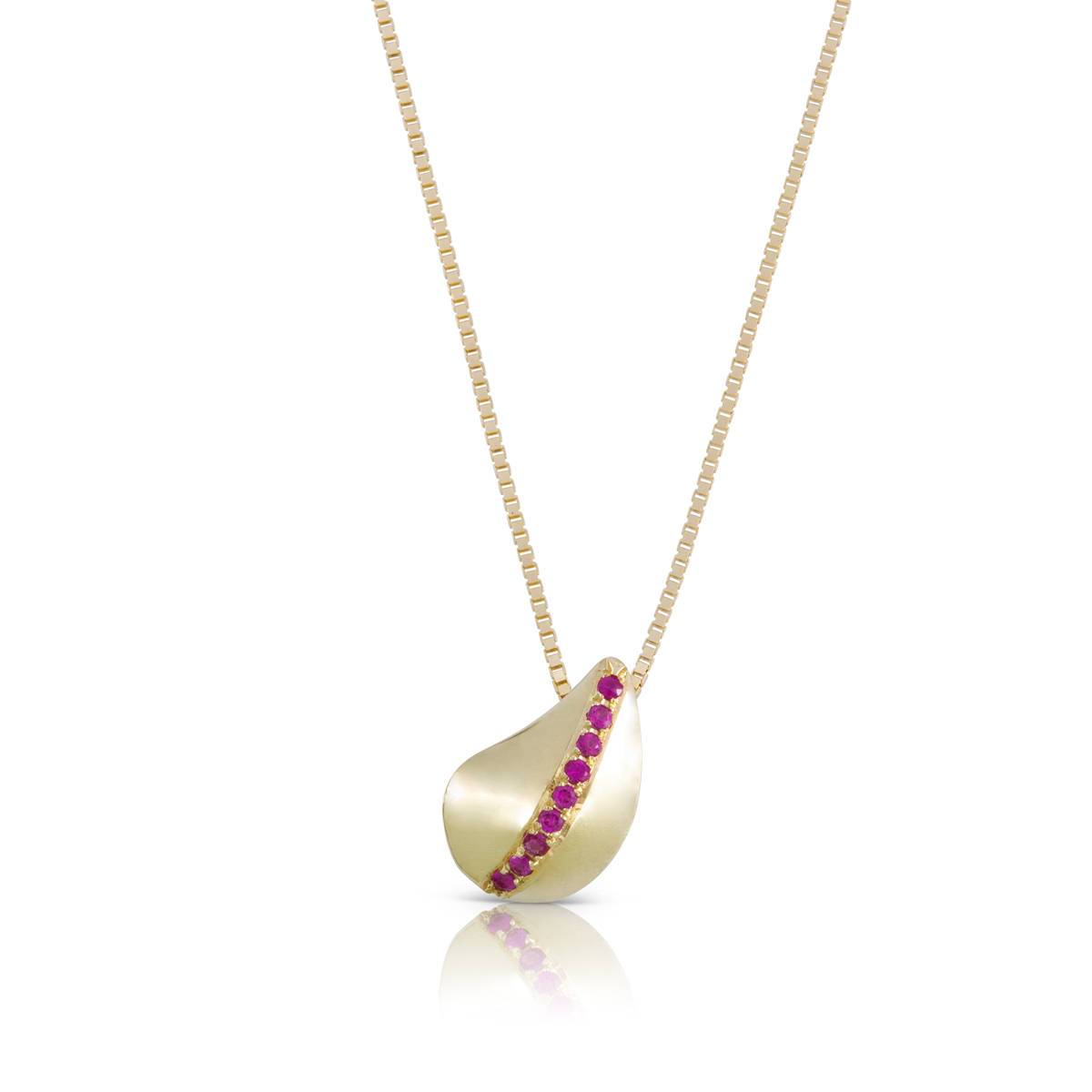 Gold and ruby leaf shaped necklace